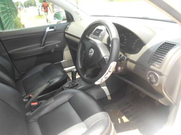 2008 VW Polo 1.6 Full house with mags and a sunroof for sale Johannesburg - image 8