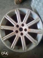 Spare well rim for range rover size 20""