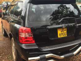 Toyota kluger with perfect interior still new stable on the road