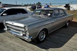 Ford Fairlane and Fairmont windscreens-Ford Ranchero