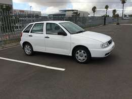 Volkswagen Polo Playa 1.6i for sale