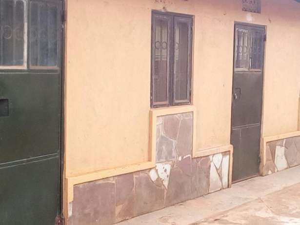 Studio room with a bathroom inside and parking space at mutungo Kampala - image 1