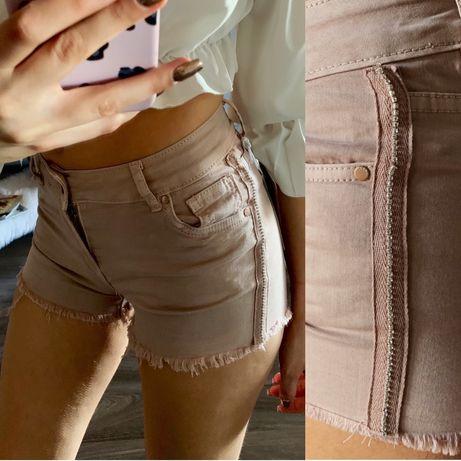 8960778a Pudrowe/jasne spodenki/shorty jeansowe z cekinowym lampasem S M L ...