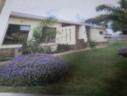 BRACKENFELL 3 bedroomed house to let
