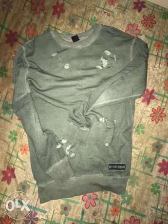why not brand sweatshirt size medium made in Italy