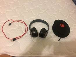Awesome hardly ever used Beats wireless headphones