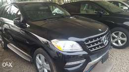 Super clean ML350 Mercedes-Benz 2012 tokunbo