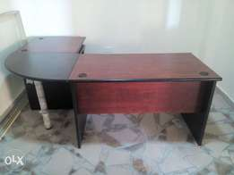 RK Modern Manager Office Table (C-Top