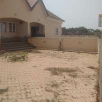 3 bedrooms Bungalow for Sale in Sunnyvale Estate, Abuja