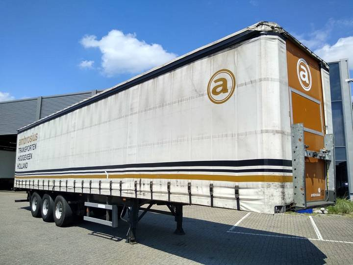 Groenewegen Curtainsider / 3 Axle / 1 Liftaxle / APK-TUV - 2006