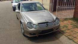 Mercedes-Benz C230 Coupes accident side damagep