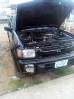 Clean Infiniti QX4 2000 affordable price
