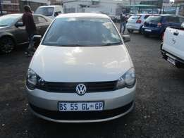 Polo vivo 1.4,2013 Model,5 Doors factory A/C And C/D Player