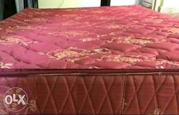 unused bonded foam high density quinted matress.5by6ft and 7inch thick
