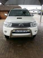 2011 Toyota Fortuner 3.0 D4D R/B