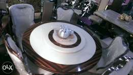 Quality round marble by six with six chair