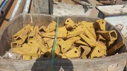All ground enganging parts for greyders , wheel loaders and hammers