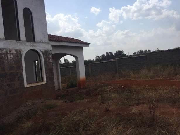 1/2 acre residential plot Near Tatu City in a Gated community Upper Parklands - image 6