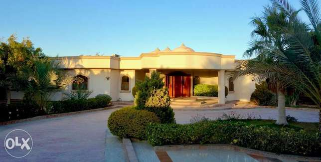 Beachfront Villa, $9,500,000 US dollars, serious offers only please.