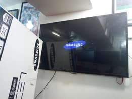 Led Samsung flat screen 40 inches