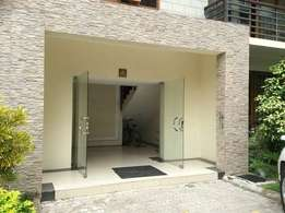 Nyali 3 bedroom modern apartment with swimming pool