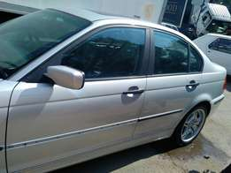 BMW E46 stripping accident free