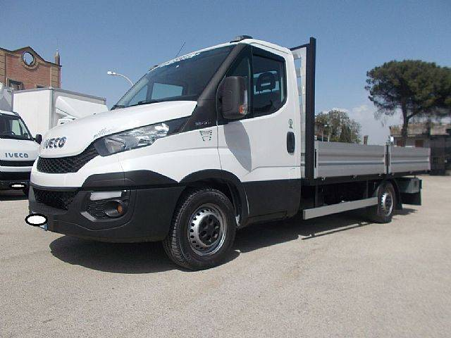 Iveco DAILY 35-17 CASSONE MT 4.20 2016 - 2016