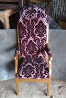 Quality Royal Chair