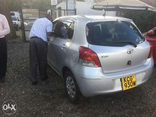 Toyota Vitz 2009 for sale Parklands - image 4