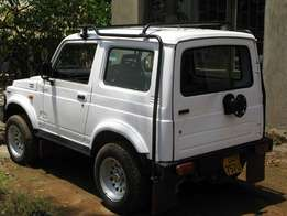 Suzuki santana jeep 4x4 at 7M
