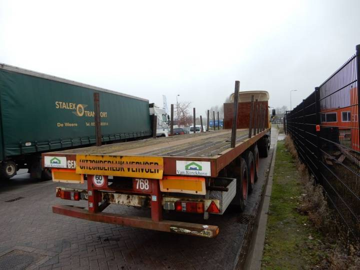 Nooteboom OVB-42-03V Extendable Flat trailer / 1x Steering axle - 1990