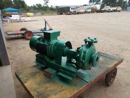 19 KWA 3 fase waterpomp 250m3cubic per huur R14500