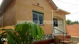 Luxury semi detached dream 2 bedroom house at 600k