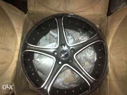 20inch Racinghart 5/120 to fit BMW/T5/Lumina