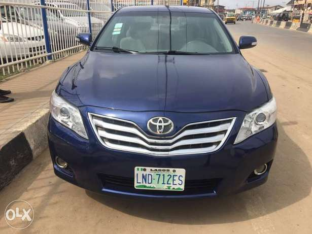 Super clean 2008 naija used Toyota Camry LE for 1.9m Lagos Mainland - image 1