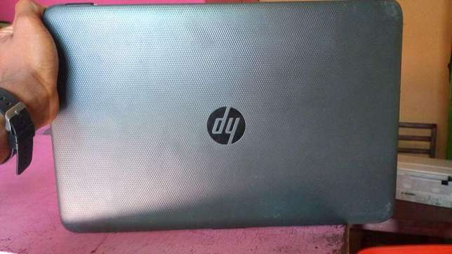Super clean laptop full touch screen 1 month warranty Warri South - image 4