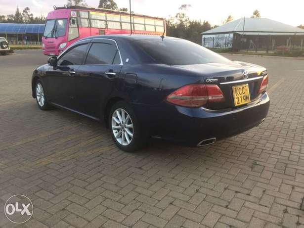 Toyota Crown new shape Trade in accepted Madaraka - image 5