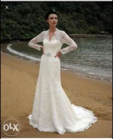 wedding dress used once for sale