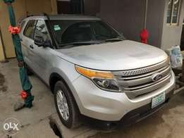 2012 Ford Explorer (Full Option)