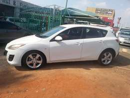 Immaculate condition 2010 Mazda3 1.6 Hatchback