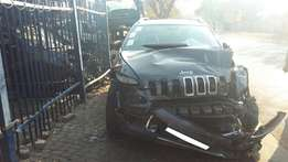 Jeep Cherokee KL Stripping