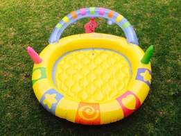 Swimming pool for baby – R50
