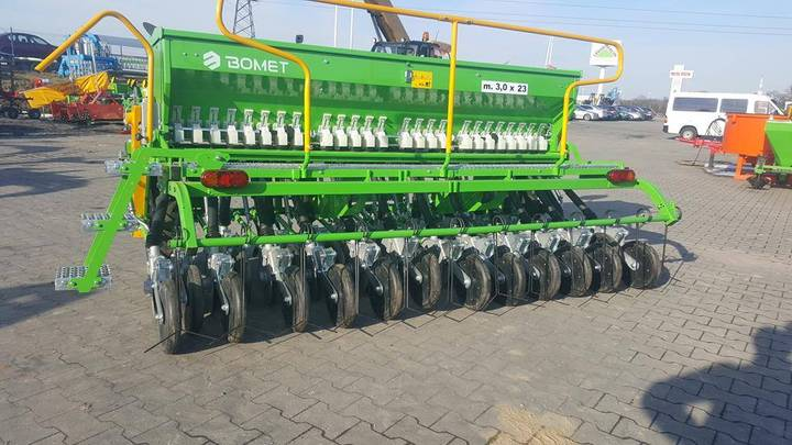 Bomet Universal Seed Drill Scorpius 3,0m + Disc Coulters - 2019
