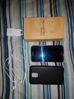 Samsung Galaxy S5 32GB - With Box and Many Accessories