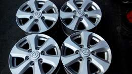 Set 16 inches 6 holes Mazda mag Rims for sell