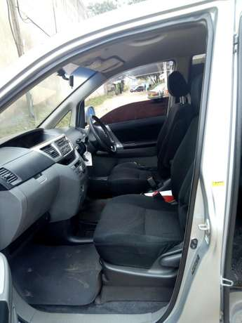 Toyota voxy for sale South C - image 4