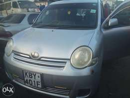 Toyota Sienta silver 1500cc 7seater fully loaded