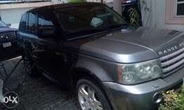 SUPER CLEAN Registered Range Rover sports