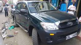 Toyota hilux local assembled for quick sale