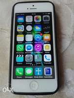 Clean IPhone 5 with 64gb memory